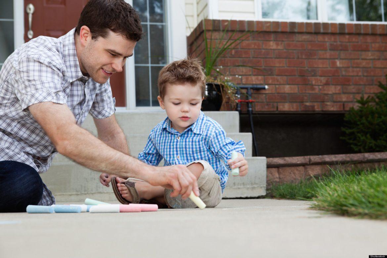 17 lietas, kas vecākiem jādara, lai izaudzinātu par sevi pārliecinātu bērnu