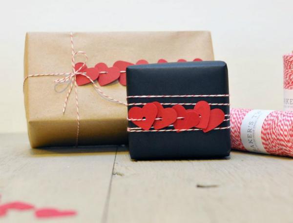 14 lieliskas idejas kā iesaiņot dāvanu savai izredzētajai uz 14. februāri